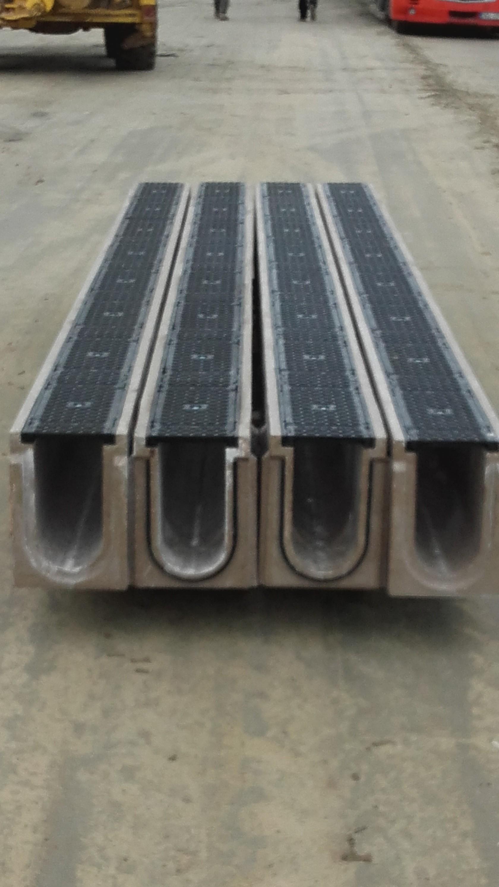 Produkcja najdłuższych kanałów odwadniających - Solid